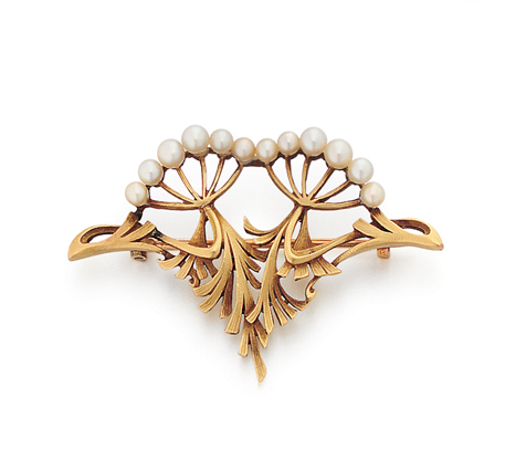 A French Art Nouveau Pearl & Gold Brooch