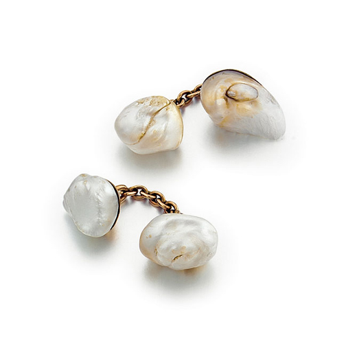 A Pair of American Freshwater Pearl Cufflinks