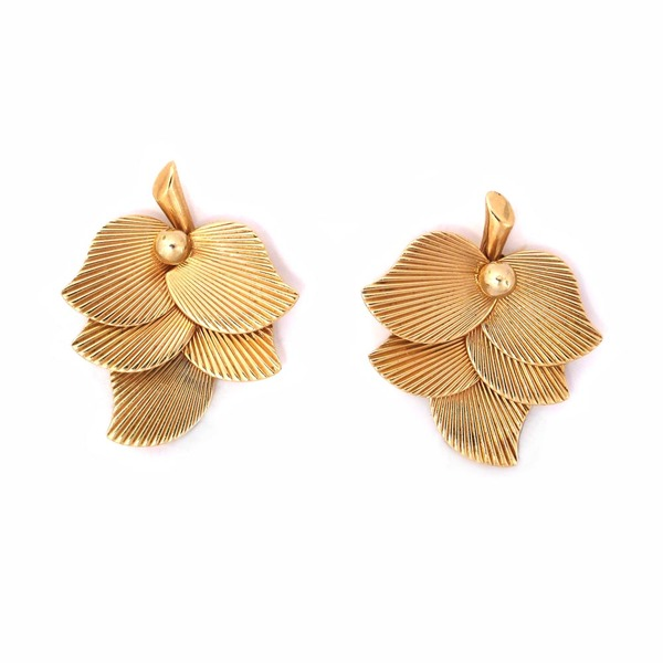 SOLD - A Pair of Gold Clip Earrings