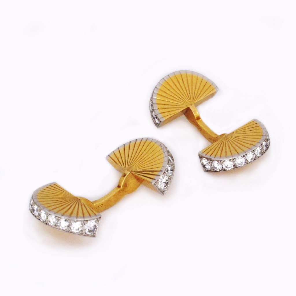 A Pair of French 18K Gold and Diamond Fan-Shaped Cufflinks