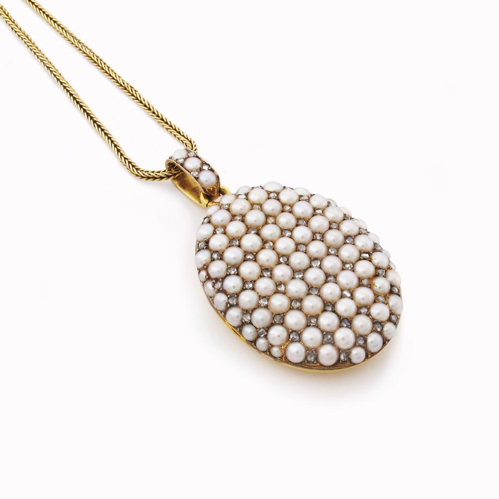An Antique Pearl & Diamond Pendant Locket