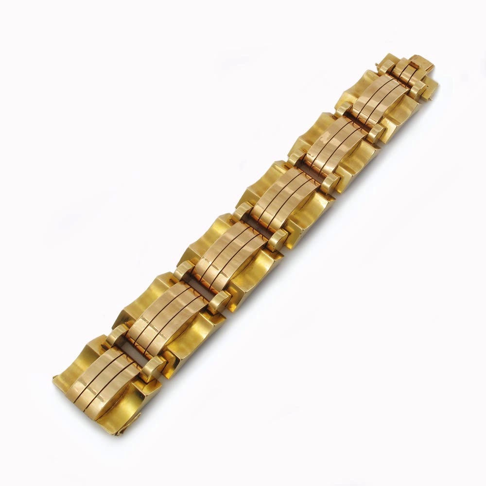 A French Retro Gold Bracelet