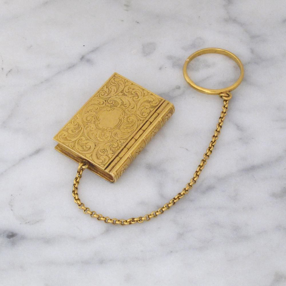 A Fine Georgian Antique English Gold Book Vinaigrette