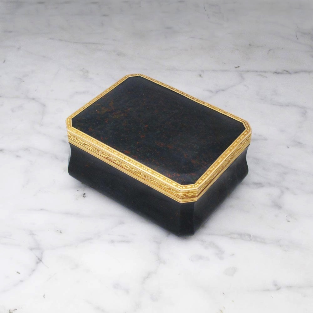 An Antique French Gold & Bloodstone Box
